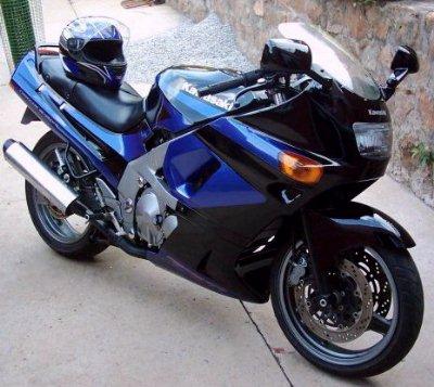 Kawasaki%20ZZR400.jpg